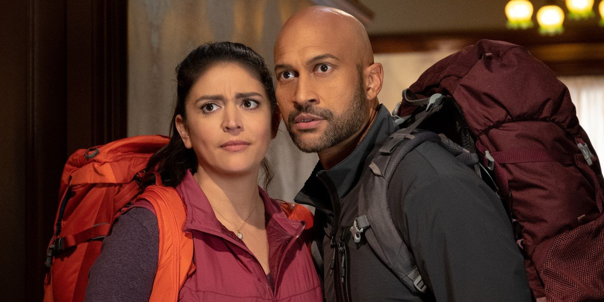 keegan-michael key and cecily strong in apple TV+'s schmigadoon