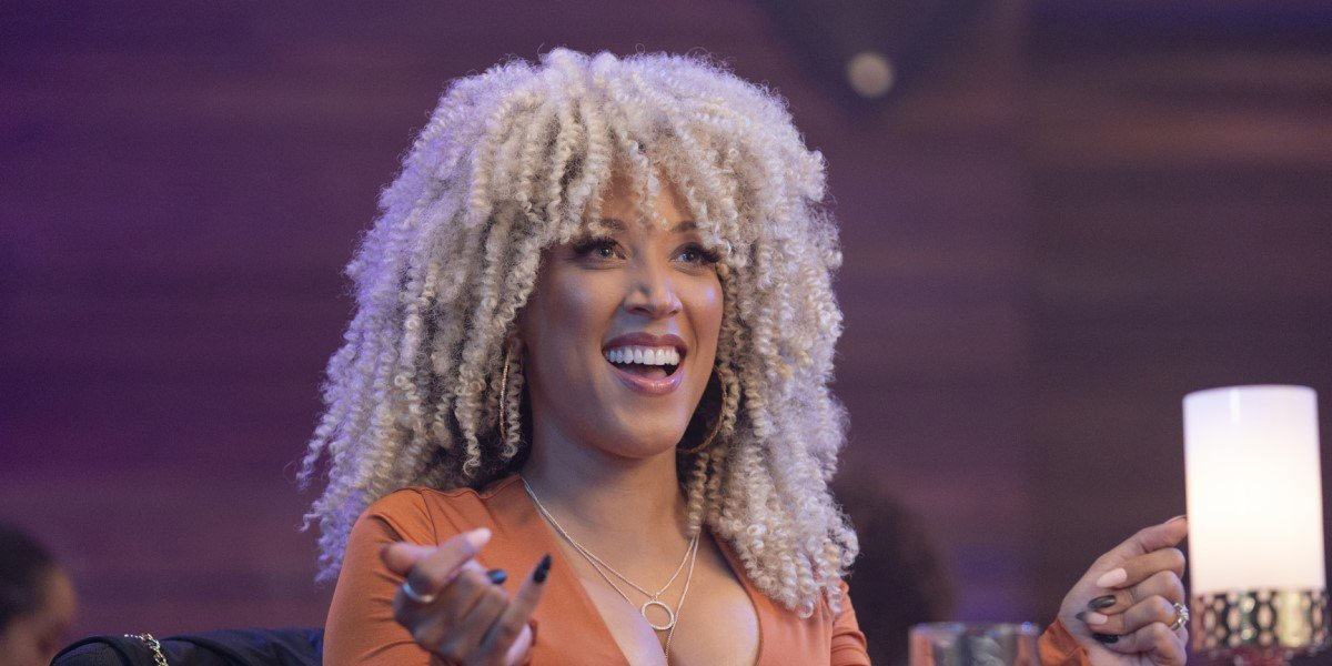 robin thede as a blonde in a black lady sketch show