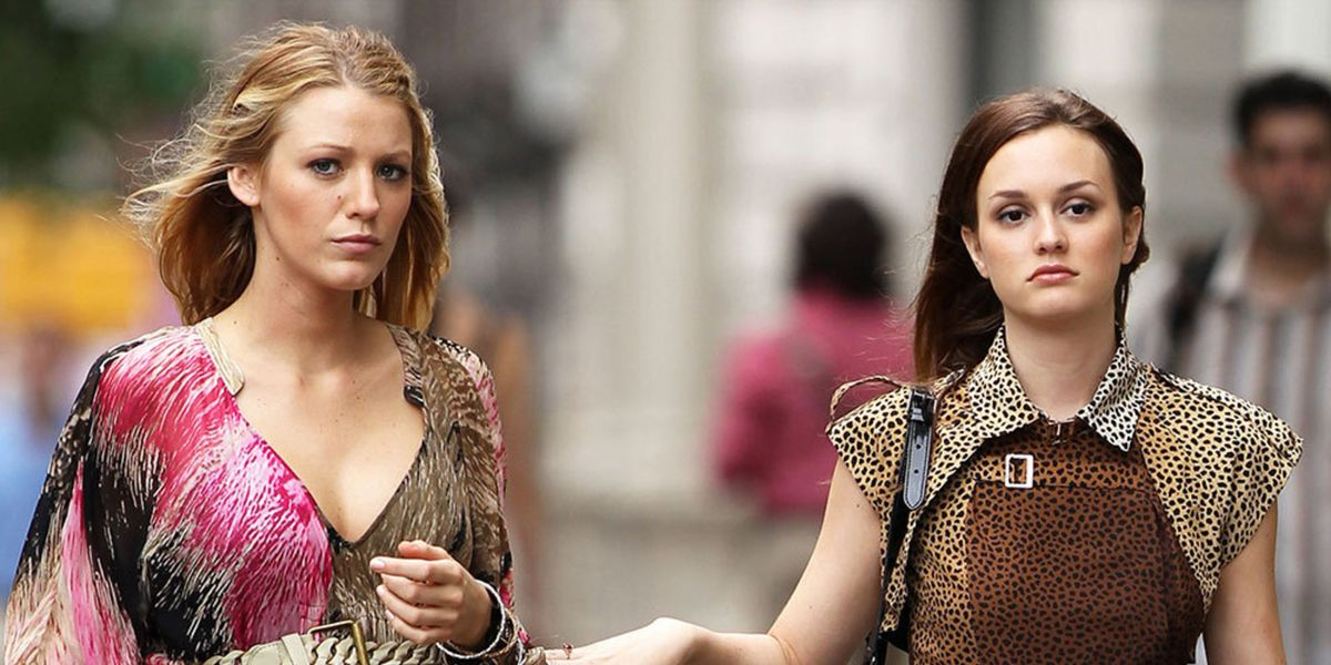 Serena and Blair in Gossip Girl.