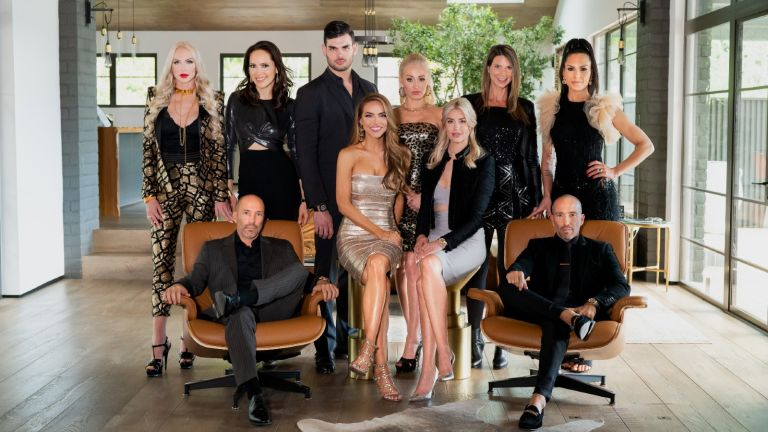 Selling Sunset season 2 - Headshots of the cast