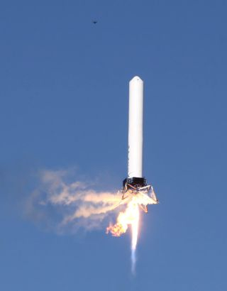 SpaceX's Grasshopper Rocket Makes Highest Leap Yet