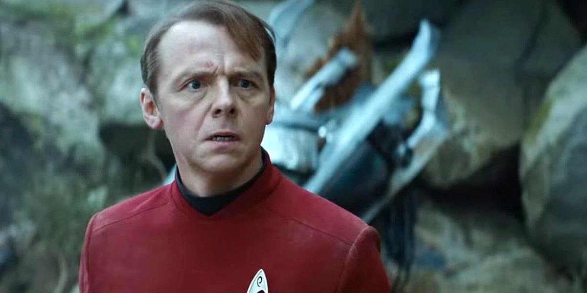 Scotty (Simon Pegg) looks concerned in a scene from Star Trek Into the Darkness