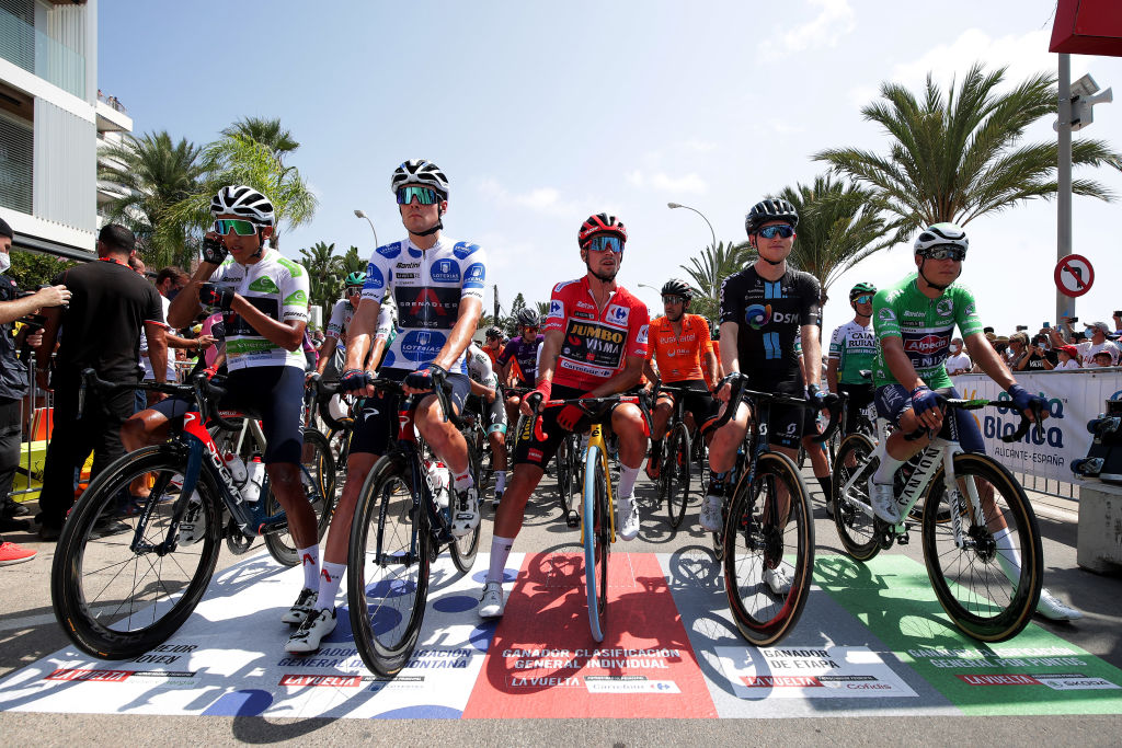 The riders line-up for the start of stage 8 of the Vuelta a España