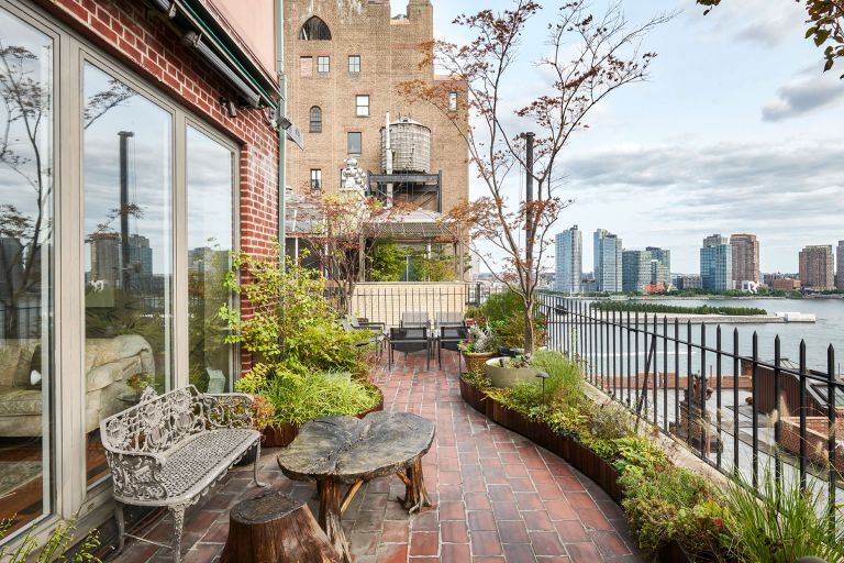 John-Lennons-New-York-penthouse-FEATURED-Brown-Harris-Stevens