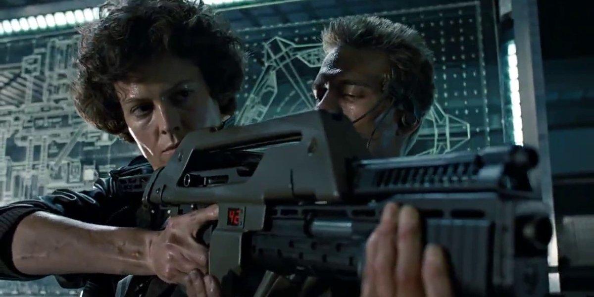 Sigourney Weaver and Michael Biehn in Aliens