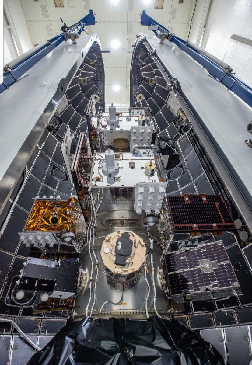 24 USAF Satellites inside Falcon Heavy
