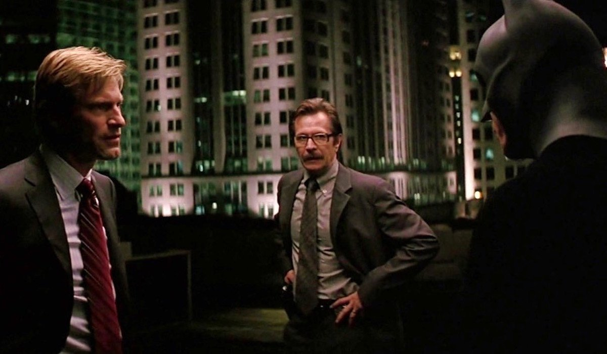 The Dark Knight rooftop meeting