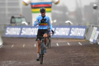 OOSTENDE BELGIUM JANUARY 31 Arrival Toon Aerts of Belgium Celebration during the 72nd UCI CycloCross World Championships Oostende 2021 Men Elite UCICX CXWorldCup Ostend2021 CX on January 31 2021 in Oostende Belgium Photo by Luc ClaessenGetty Images