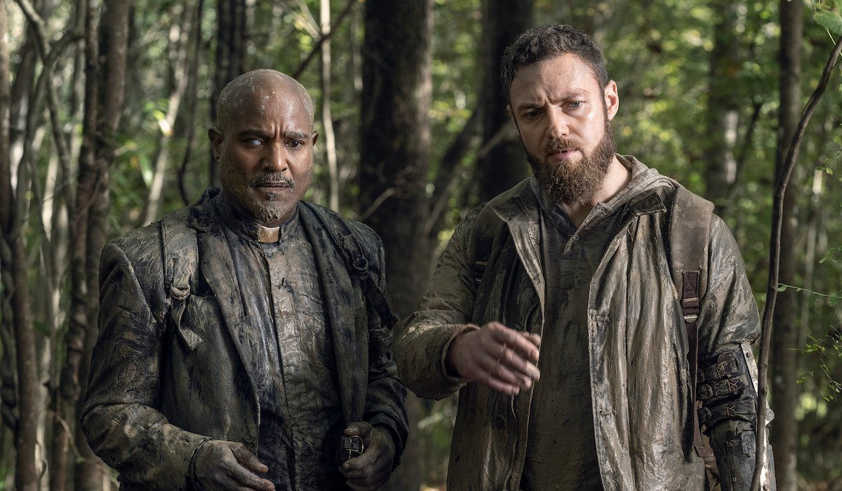 seth gilliam's father gabriel and ross marquand's aaron full of mud in the walking dead season 10
