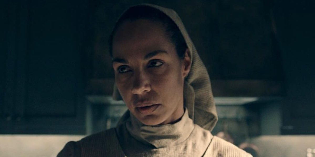 Amanda Brugel as Rita on The Handmaid's Tale