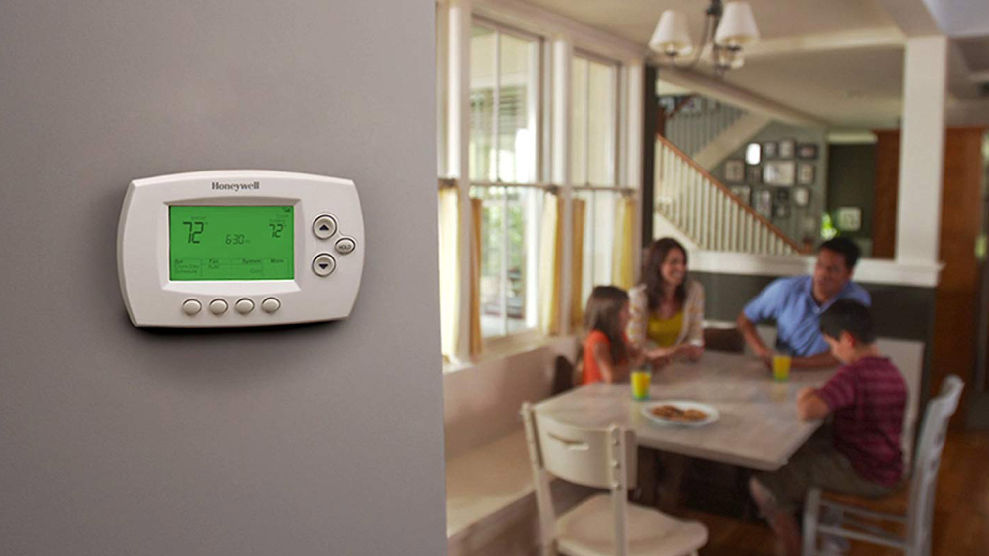 Best cheap smart home devices: Honeywell RTH6580WF