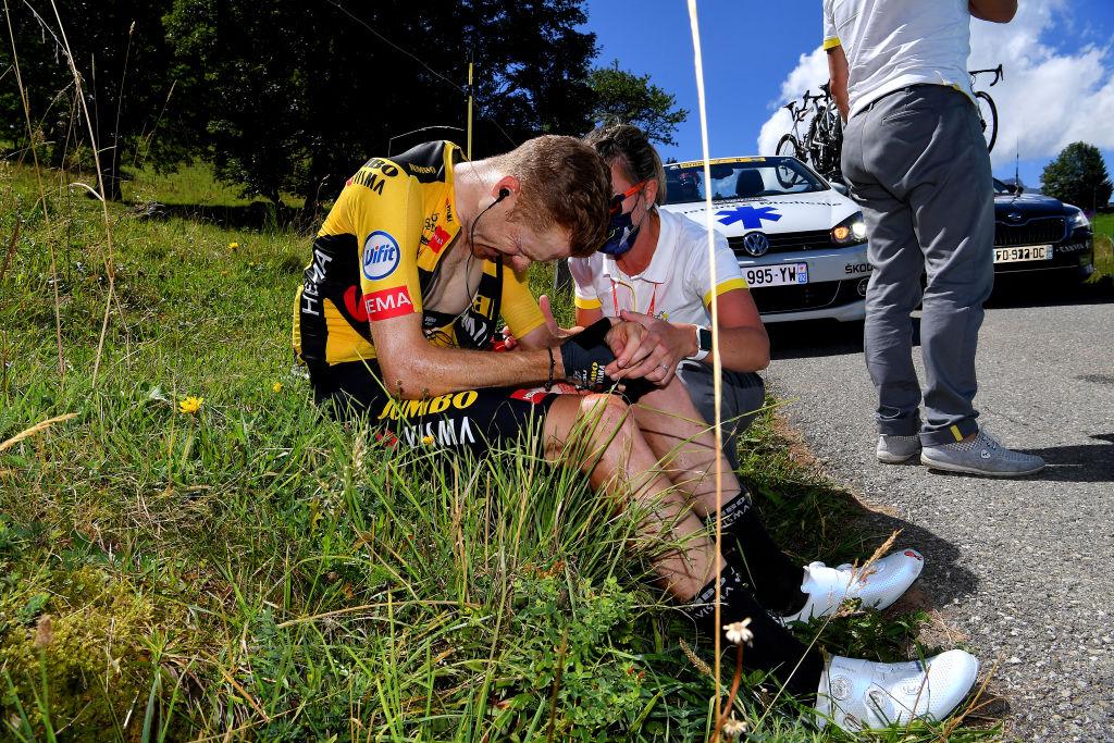 Steven Kruijswijk (Jumbo-Visma) crashed out on stage 4 of the Criterium du Dauphine