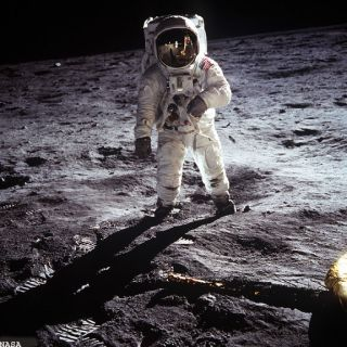 Apollo Astronauts Couldn't Sleep Before Lunar Liftoff