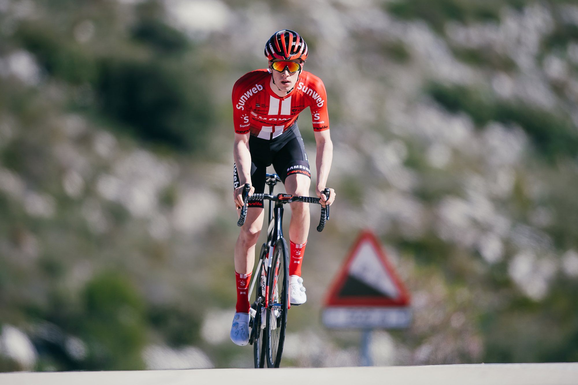 Sunweb rider Edo Maas may never walk again after crash