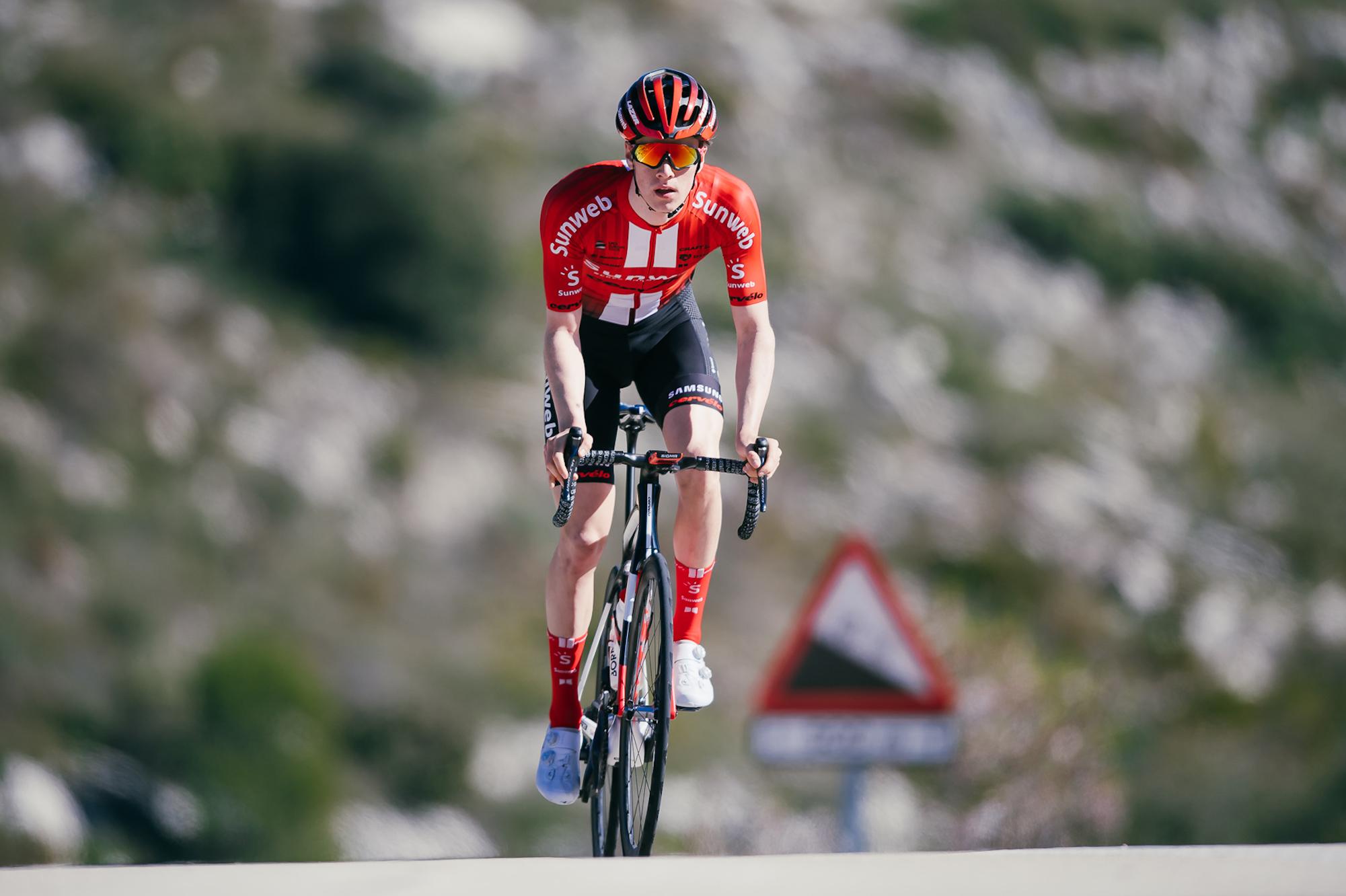 Sunweb rider Edo Maas may never walk again after crash
