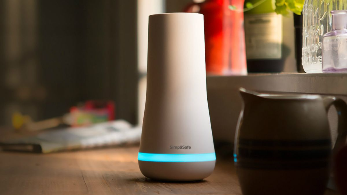SimpliSafe home security sale: save 15% and get a free camera