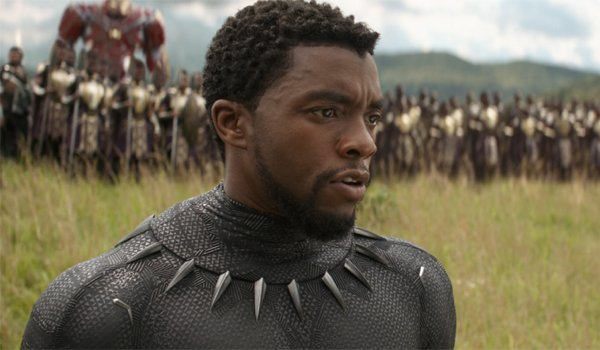 Black Panther commanding the Wakandan army in Avengers Infinity War