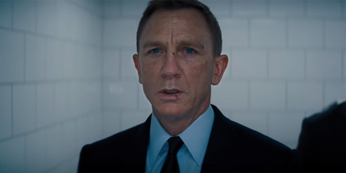 James Bond in shock