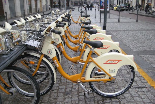 1200px-Bike_share