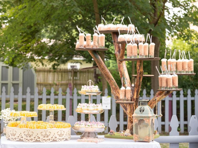 bridal shower decorations for your backyard