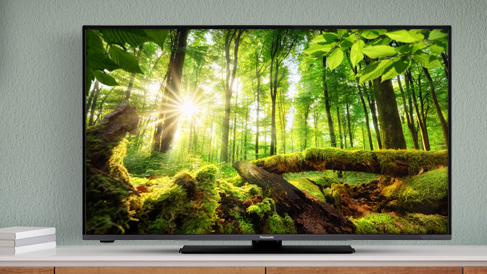 A brand new 65-inch Panasonic 4K TV is 30% off for early buyers – get it now