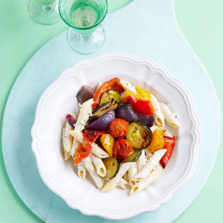 Roasted-veg-&-tzatziki-pasta-recipe-photo