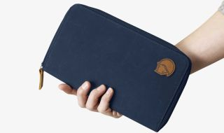 880d7e1c486a The best travel wallets for men | theradar