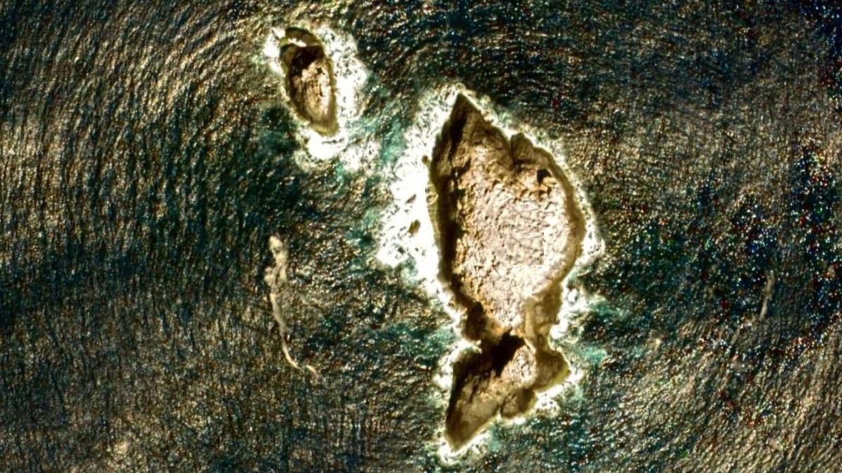 Hawaii just got a new 'largest volcano on Earth.' (Condolences to Mauna Loa.)