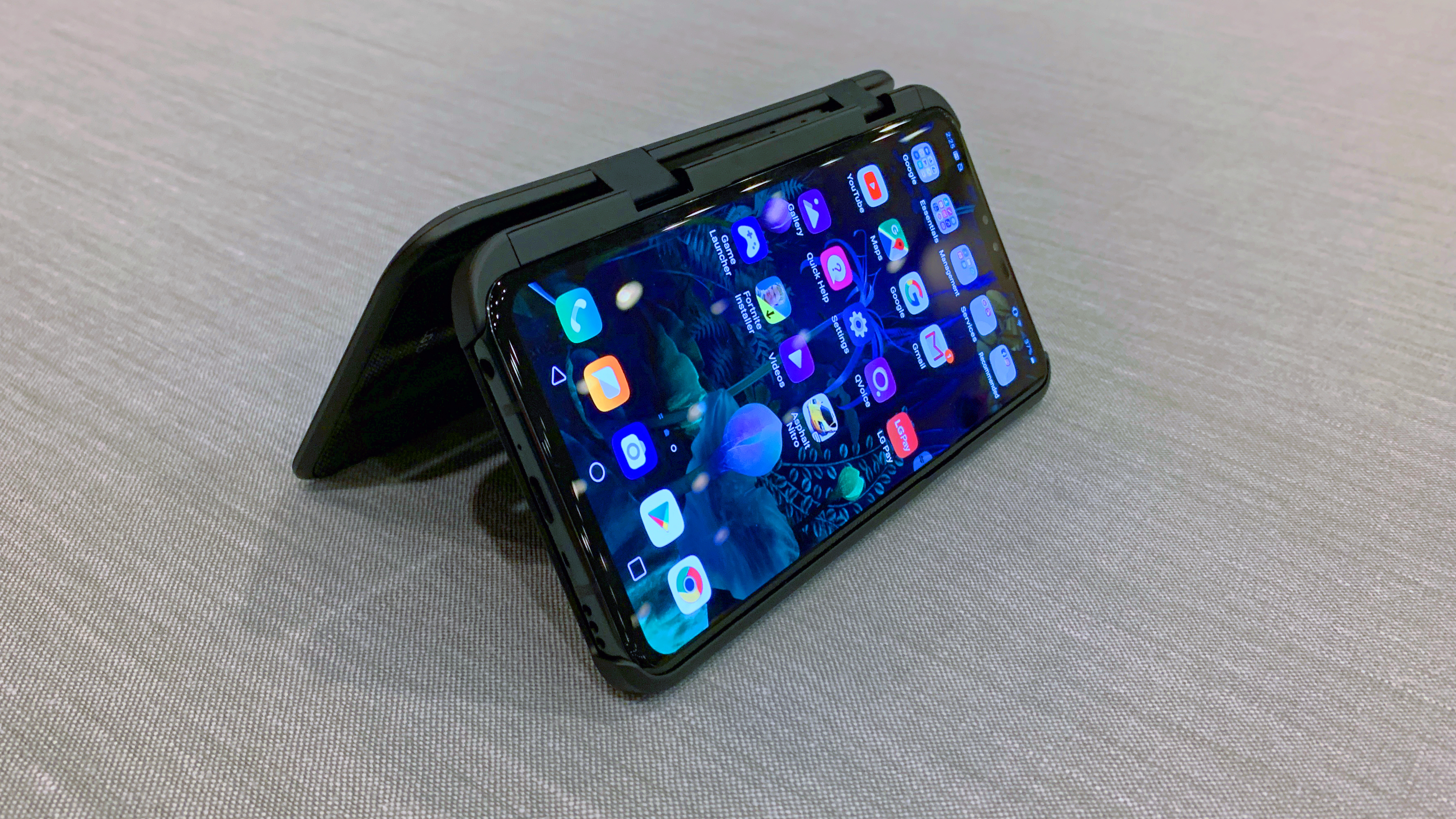 LG DualScreen: first look at LG's alternative to foldable