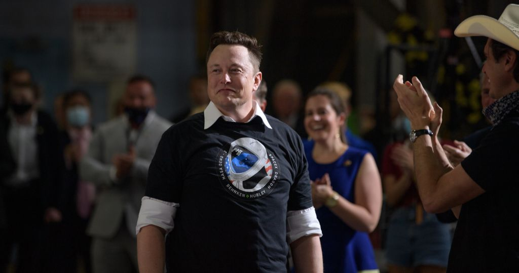 Elon Musk says he's donating $100 million for carbon-capture tech prize