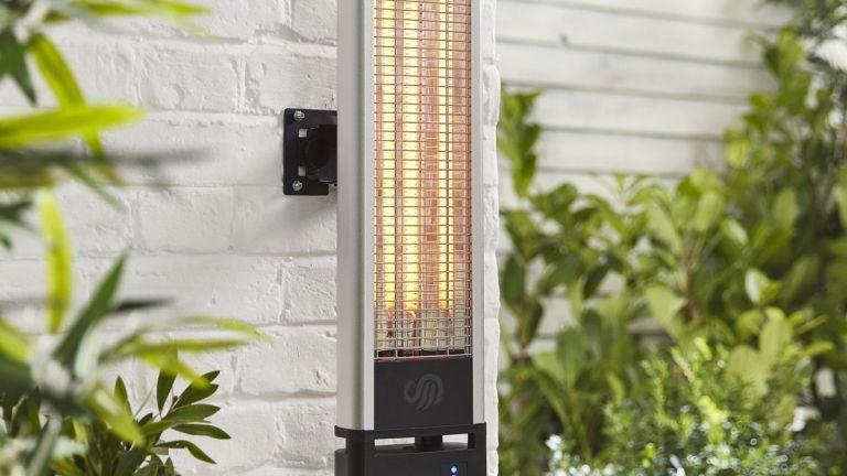 Patio heater deals: Swan Wall Mounted Patio Heater