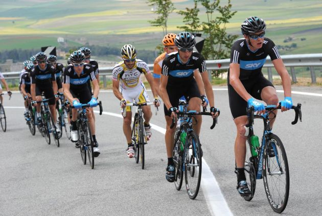 Chris Froome and Team Sky chase, Giro d'Italia 2010, stage 10