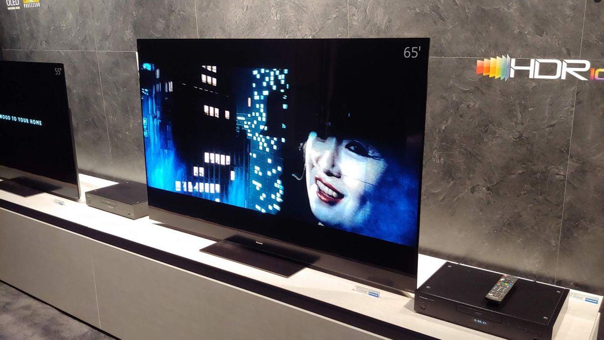 panasonic gz2000 4k oled tv hands on review techradar. Black Bedroom Furniture Sets. Home Design Ideas