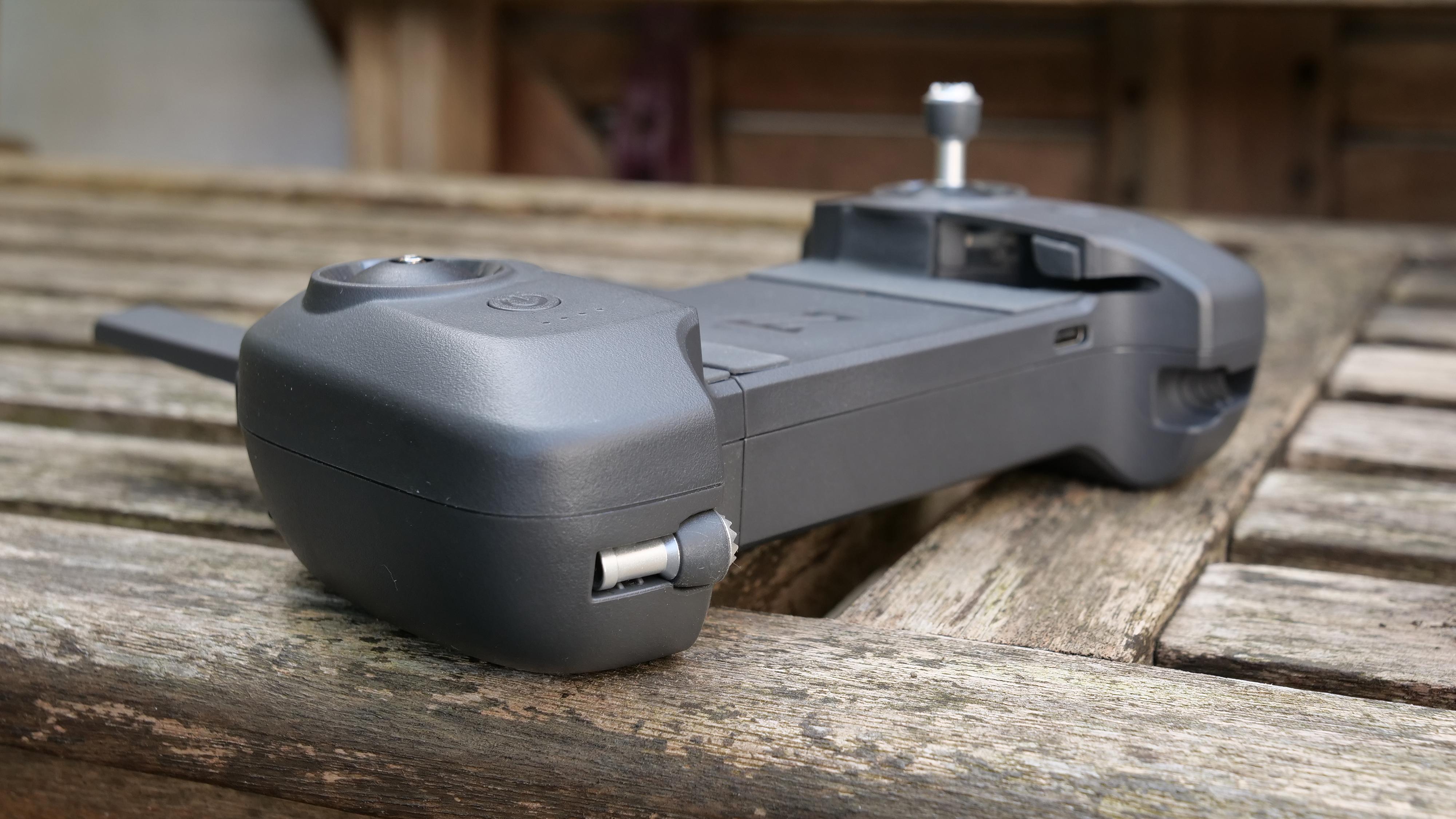 The FIMI X8 Mini drone's controller