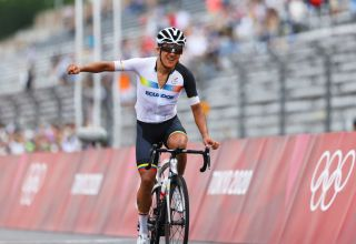 OYAMA JAPAN JULY 24 Richard Carapaz of Team Ecuador celebrates winning the gold medal during the Mens road race at the Fuji International Speedway on day one of the Tokyo 2020 Olympic Games on July 24 2021 in Oyama Shizuoka Japan Photo by Tim de WaeleGetty Images