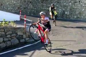 Italian pro Niccolo Bonifazio shows off his bike-handling skills (video)