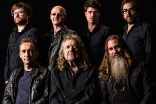 """Robert Plant and his band """"The Sensational Space Shifters"""""""