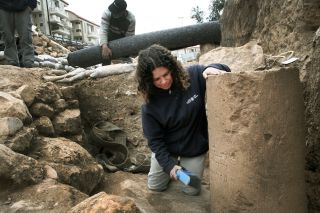 Jerusalem column excavation