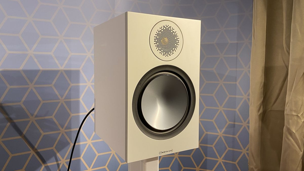 Monitor Audio Bronze 100 hands-on review