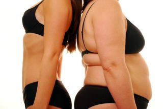 thin-woman-obese-woman-11100302