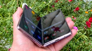 Samsung Galaxy Z Fold 2 review folding
