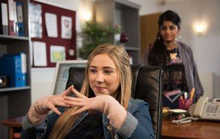 Peri has a plan for Yasmine Hollyoaks