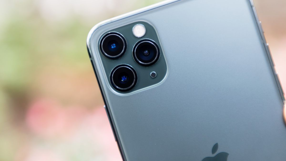 Iphone 11 Pro Max Review Tom S Guide