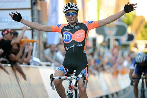 Ian Bibby wins, Tour Series 2010, stage eight, Stoke on Trent