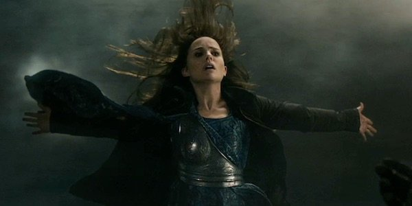 Jane flying in Thor: The Dark World