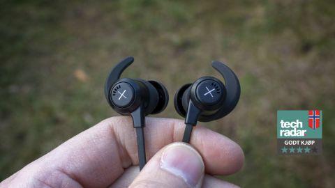 Mustat langattomat kuulokkeet Xelerate-kuulokkeet Kygolta