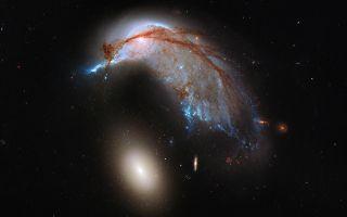 Arp 142 galaxy duo space wallpaper