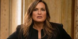 After Knee Injury, Law And Order: SVU's Mariska Hargitay Reveals She Broke Her Ankle (And Black Widow Was Involved)