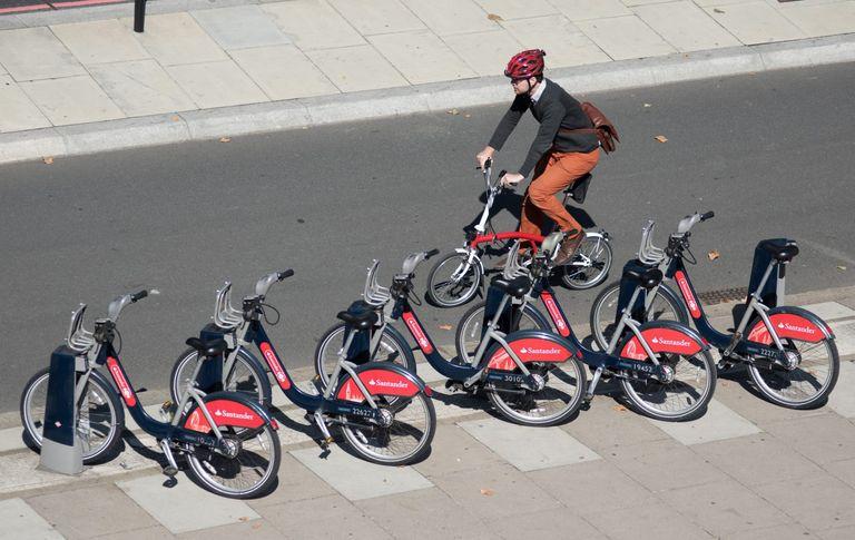 Hiring a bike in a city