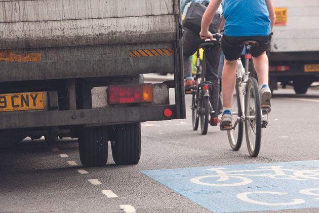 cycling, commuting, lorry, traffic, road